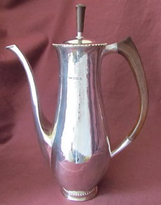 G R TEMMIS Silver Coffee Pot