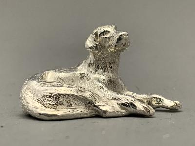 Small Silver LABRADOR - SITTING