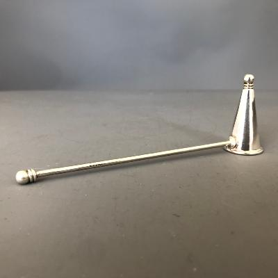 MARTYN PUGH 'HEIRLOOM' CANDLE SNUFFER