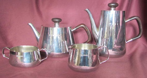 ROBERT WELCH Silver Oval Teaset