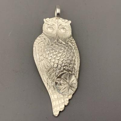 MALCOLM APPLEBY Silver 'MR PROUD FOOT' OWL PENDANT