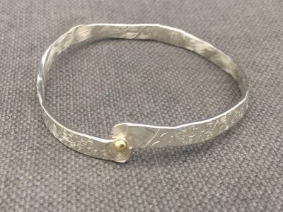 MALCOLM APPLEBY Silver Bangle