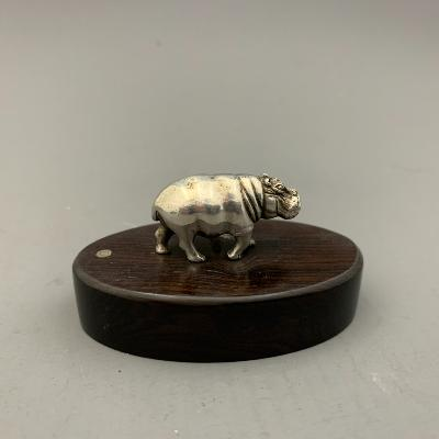 PATRICK MAVROS Silver PLACE CARD HOLDER - HIPPO