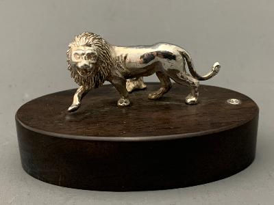 PATRICK MAVROS Silver PLACE CARD HOLDER - LION