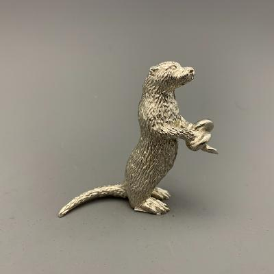 Silver OTTER with EEL