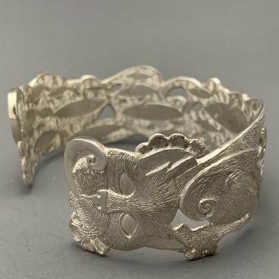 MALCOLM APPLEBY Silver CAT & FISH BANGLE