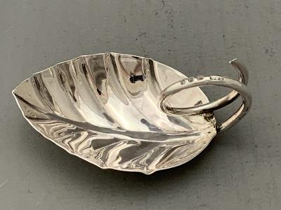 GEOFFREY BELLAMY Silver 'LEAF' CADDY SPOON