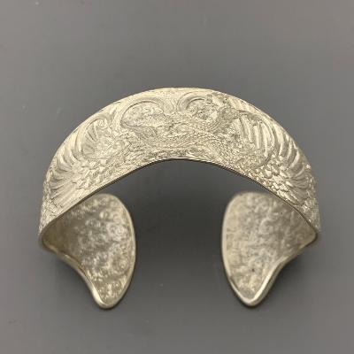 MALCOLM APPLEBY Silver PEACOCK BANGLE