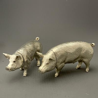 x Silver PIG SALT & PEPPER