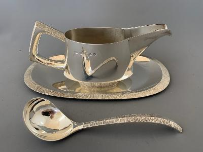 CHRISTOPHER LAWRENCE Large Silver SAUCEBOAT on STAND